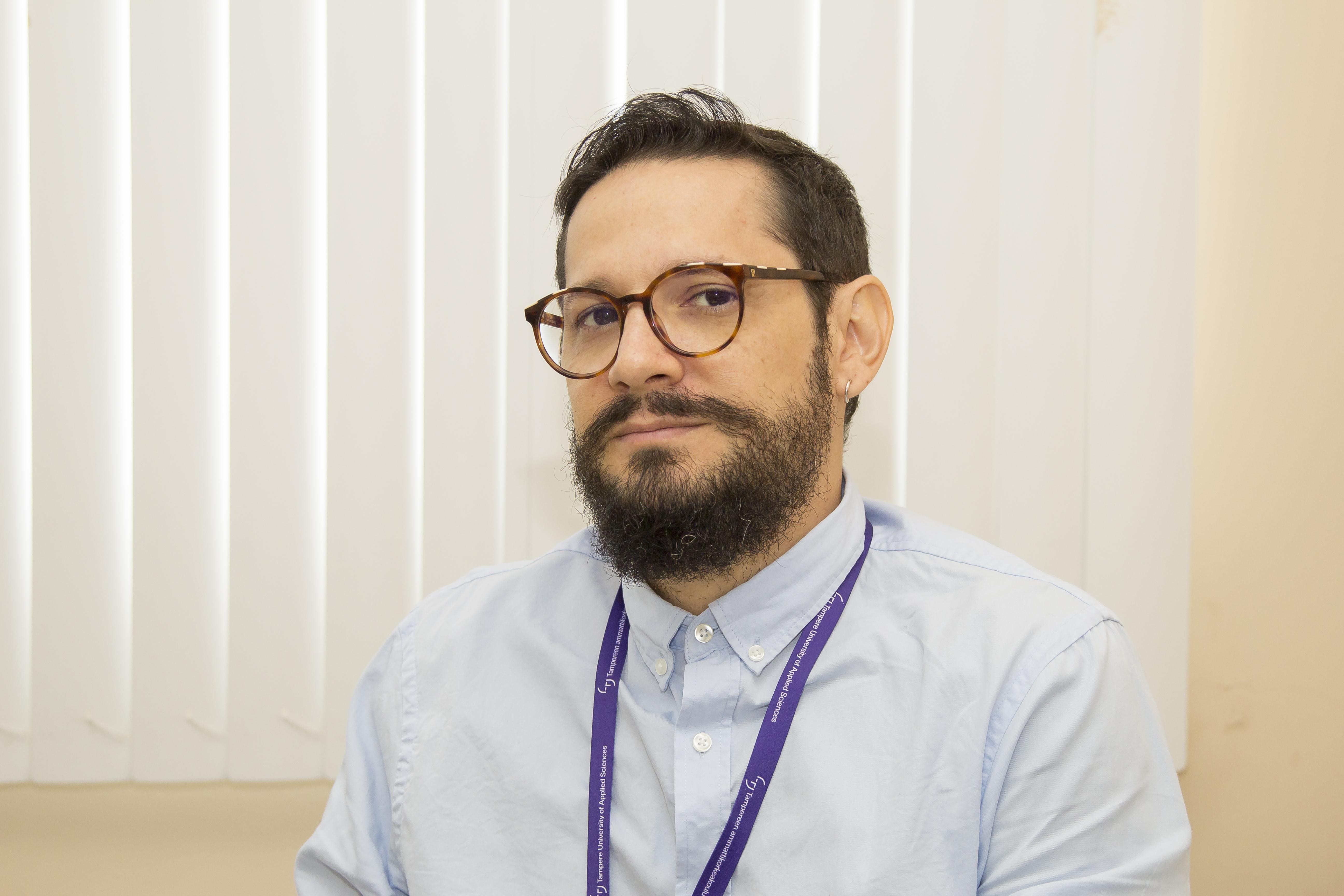 Conheça Andre Salgado, professor do curso de Produção Publicitária do IFAM