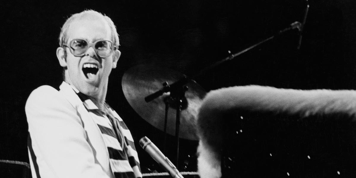 Elton John lança série de vídeos de shows históricos com exclusividade para o YouTube