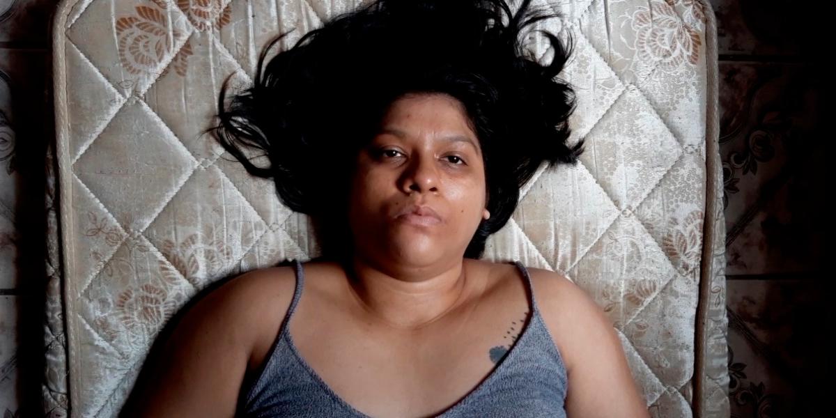 Grupo Garagem aborda o tráfico de mulheres em apresentação on-line de 'Senti um vazio'