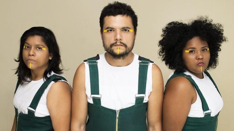 Espetáculo 'Jogo do Bicho' ofertará transcrição em Libras e audiodescrição